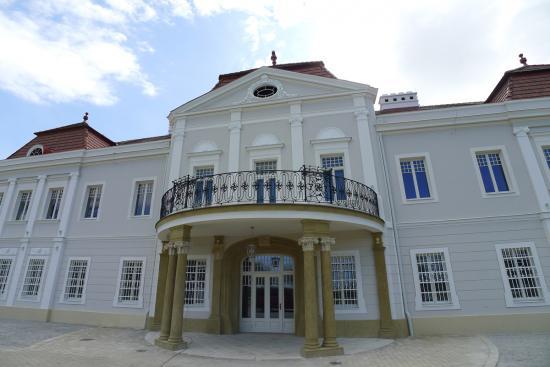 hotel-kastiel-tomasov-bratislava-sk-2011